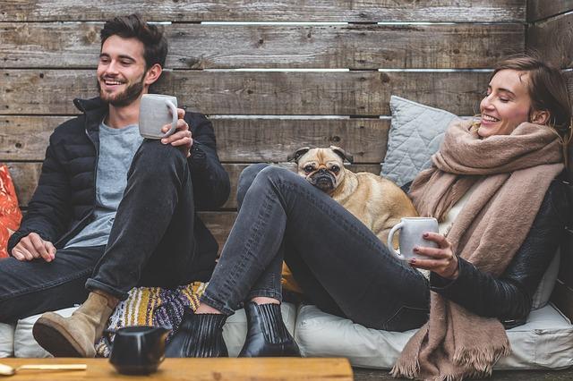 muž, žena, pes, zima, čaj