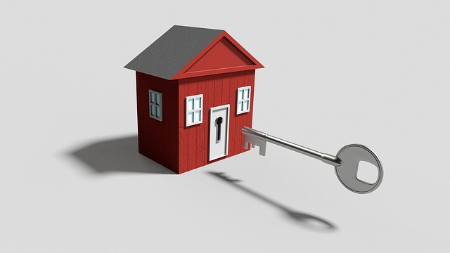 malý dům a klíč