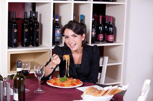 špagety s rajčaty.jpg