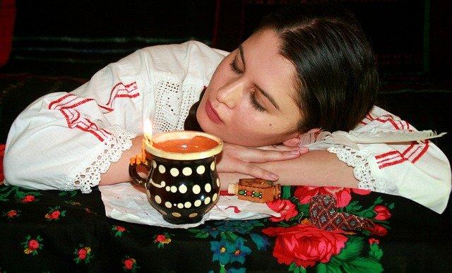spaní u svíčky